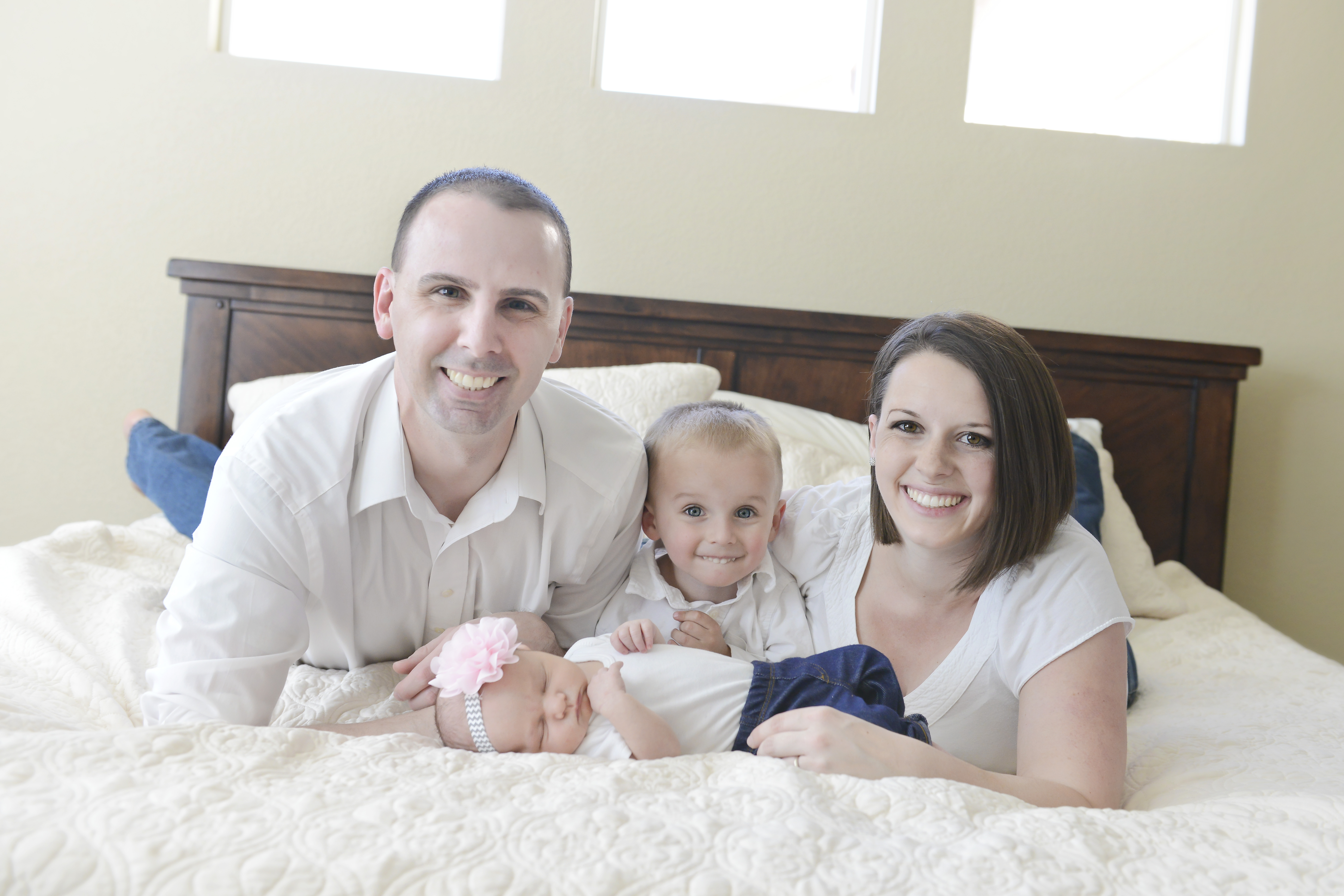Dr. David Hite with his wife and two children, Dawson (between mom and dad) and Teagan